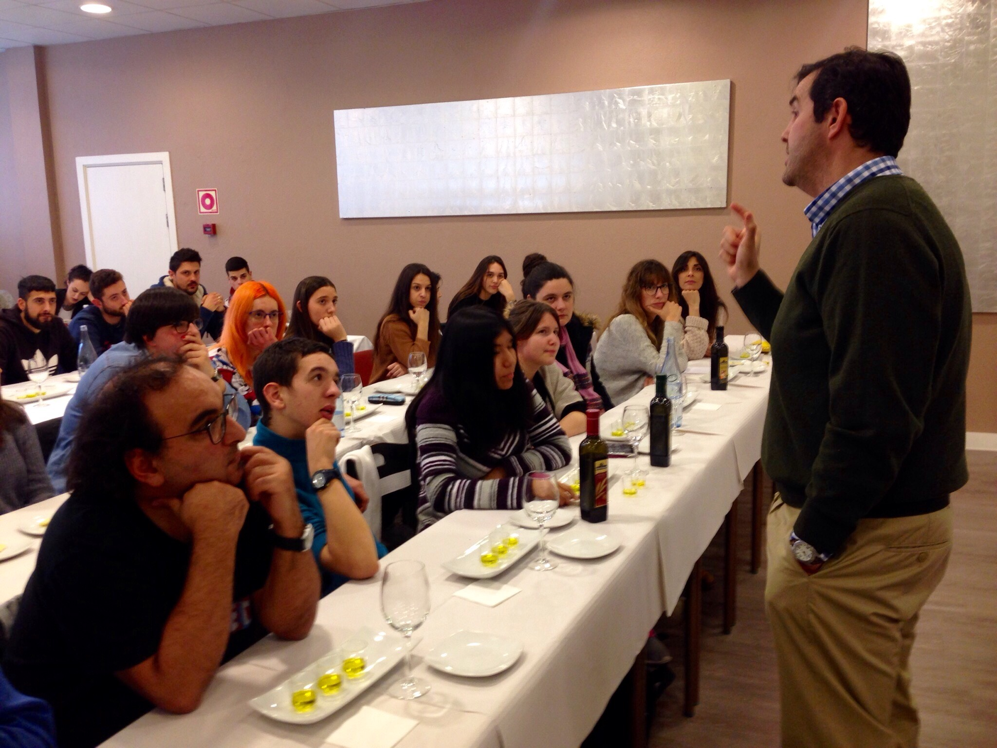 sensorial tasting workshop of extra virgin olive oil